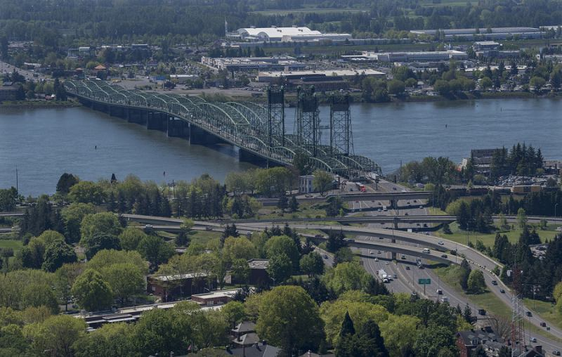 Summit sounds alarm on I-5 Bridge, traffic congestion