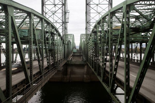 Oregon creates bipartisan Interstate Bridge committee, but 'it's going to be slow'
