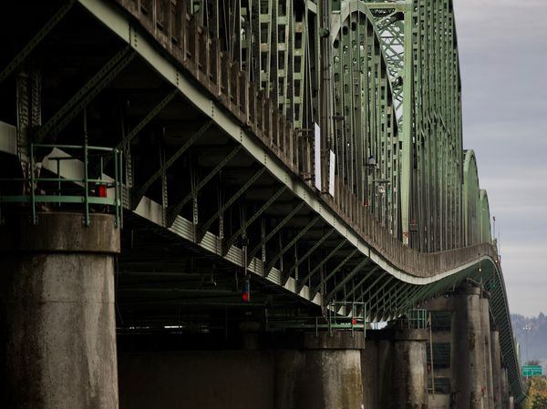 Oregon and Washington: We'll start building a new Interstate Bridge by 2025