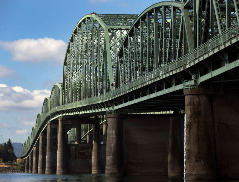 Washington tries to woo Oregon back to Interstate Bridge
